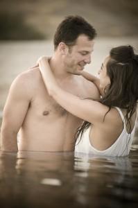 Hacer el amor al aire libre puede ser muy romántico, ¡y es además una conducta verde!