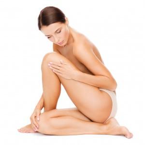 Siéntete a gusto con tu desnudez y verás que no habrá hombre que se te resista. Ph. Shutterstock